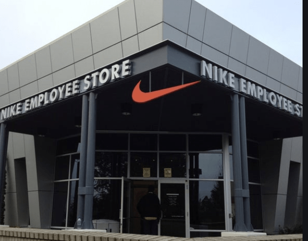 Nike Swoosh Online